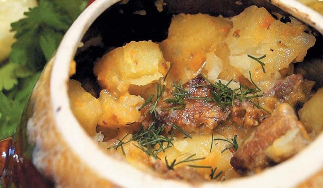 Картошка в горшочке с мясом
