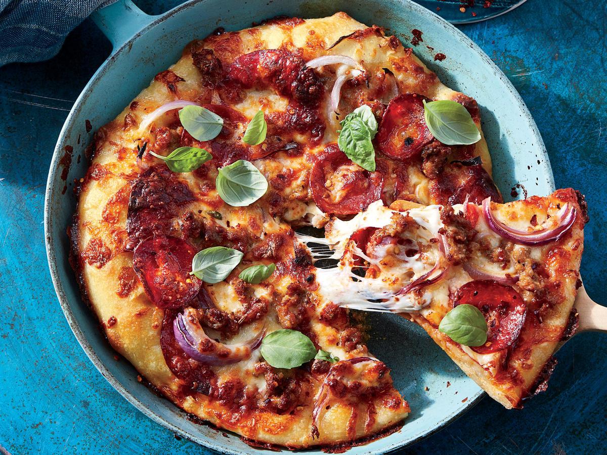 Пицца на основе из куриной грудки