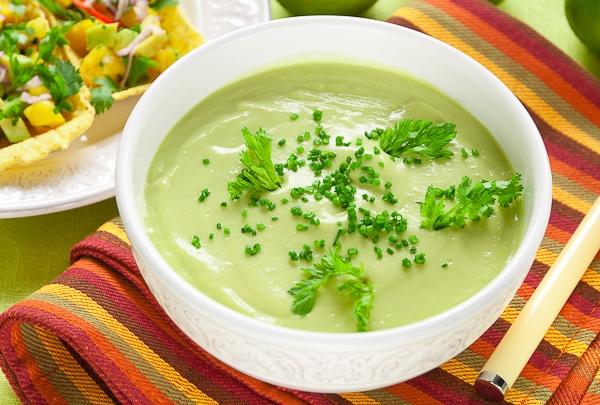 Холодный крем-суп из авокадо