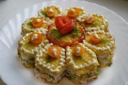 «Закусочный торт с лососем»