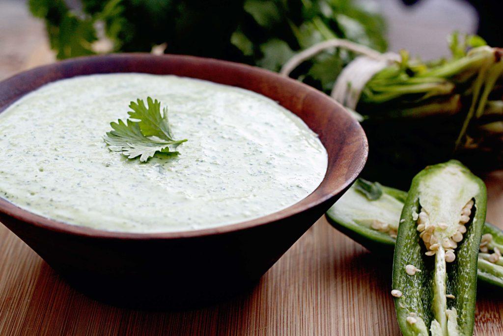 Сырный соус с чесноком