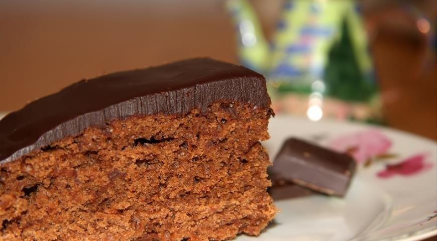 Шоколадный кекс с глазурью