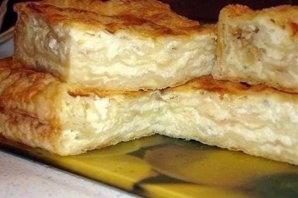 Простой пирог из лаваша с сыром и творогом