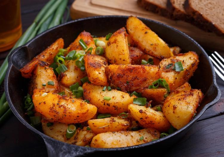 Жареный картофель с паприкой