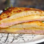 Горячий бутерброд «Монте-Кристо»