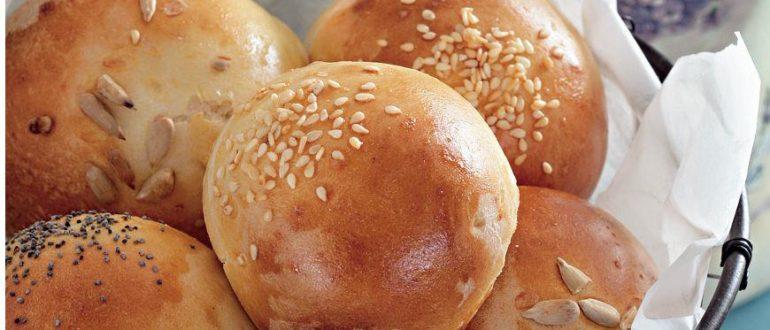 Рецепт настолько быстрый и простой, что эти булочки вы с легкостью можете испечь на завтрак, не опоздав на работу