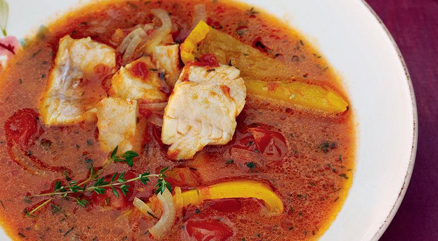 Это не буйабес и не уха, но даже зимние помидоры не способны умалить пряно-кисловатое величие такого супа.