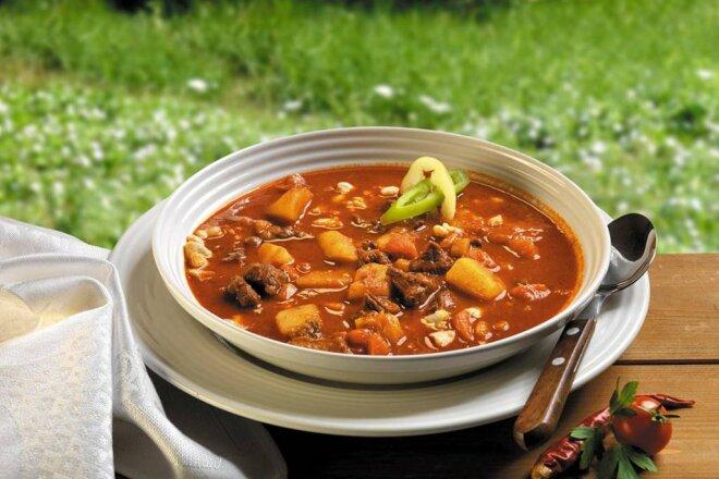 Бограч — густой венгерский суп