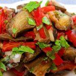Холодный салат с баклажанами - лучшая закуска для летней жары!