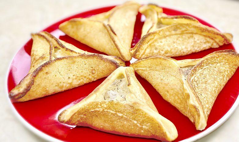 Арабские блинчики с курицей, грибами и сыром
