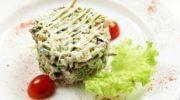 Салат «Купеческий» со свининой, грибами и сыром