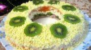 Слоеный салат с курицей «Малахитовый браслет»