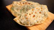 Рецепт азербайджанских плоских пирожков с начинкой из зелени. Безумно вкусные! Хороши к мясу, с супом или просто так! Рекомендую готовить побольше!