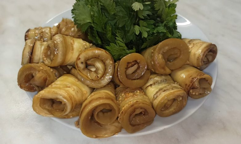Вкусная закуска «Маринованные баклажаны»