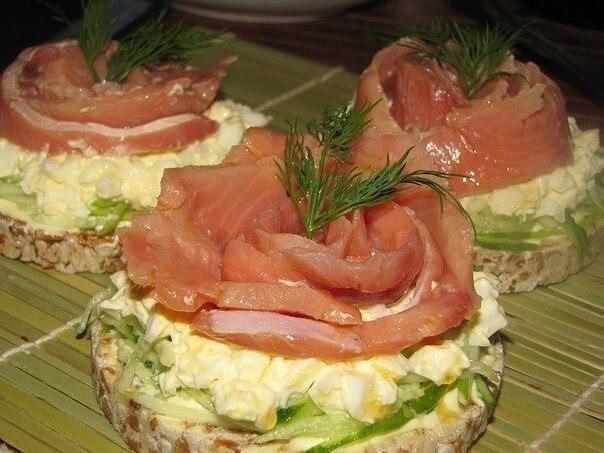 Бутербродики с рыбкой.