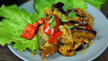 Баклажаны в кисло-сладком соусе, восточная кухня