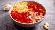 Салат с крабовыми палочками «Красное море»