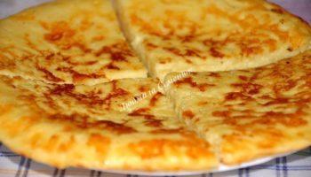 Экспресс-хачапури к завтраку (на сковороде)
