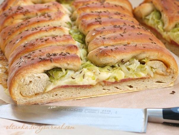 Деревенский хлеб с начинкой
