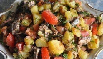 Необычный и очень вкусный салат со шпротами!