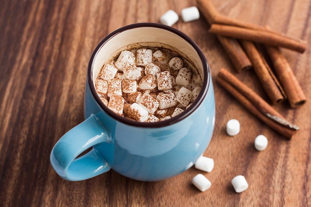 Кофе с зефиром и сливками