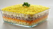 Салат МИМОЗА классический рецепт, очень вкусный и слоеный салат на праздничный стол! ВИДЕОРЕЦПТ!