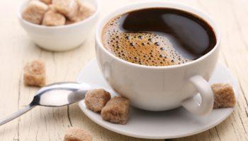Изюминка бодрого утра это Холодный «медленный» кофе