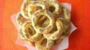 Домашние баранки на сгущенке с маком, рецепт с фото