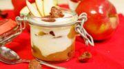 Десерт с яблочным пюре и сметанным муссом, рецепт с фото