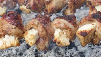 Шашлык из куриных ножек с адыгейским сыром, рецепт с фото и видео