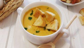 Суп-пюре из чечевицы.