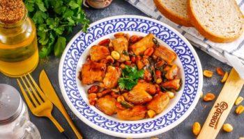 Свинина по-китайски с арахисом