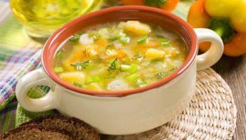 5 супов, которые готовятся на скорую руку