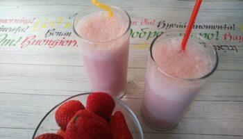 Молочный коктейль с клубникой, рецепт с фото пошагово и видео