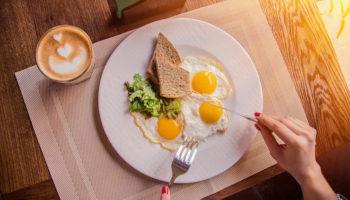 Почему нельзя пропускать завтрак