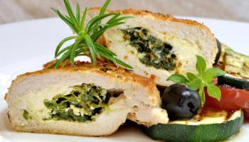 Что приготовить на ужин: куриная грудка со шпинатом