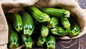 Что приготовить из кабачков: 5 нестандартных рецептов