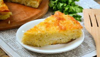 Запеканка из тертого картофеля с сыром и чесноком»