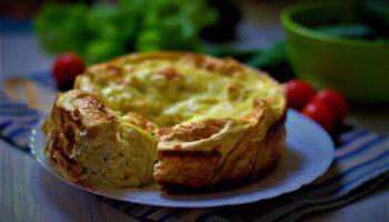 Пирог из лаваша с кабачками, курицей и сыром
