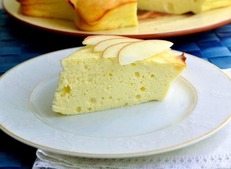 Твоpoжно-яблочный пудинг без лишних калopий. Завтракайте вкусно.