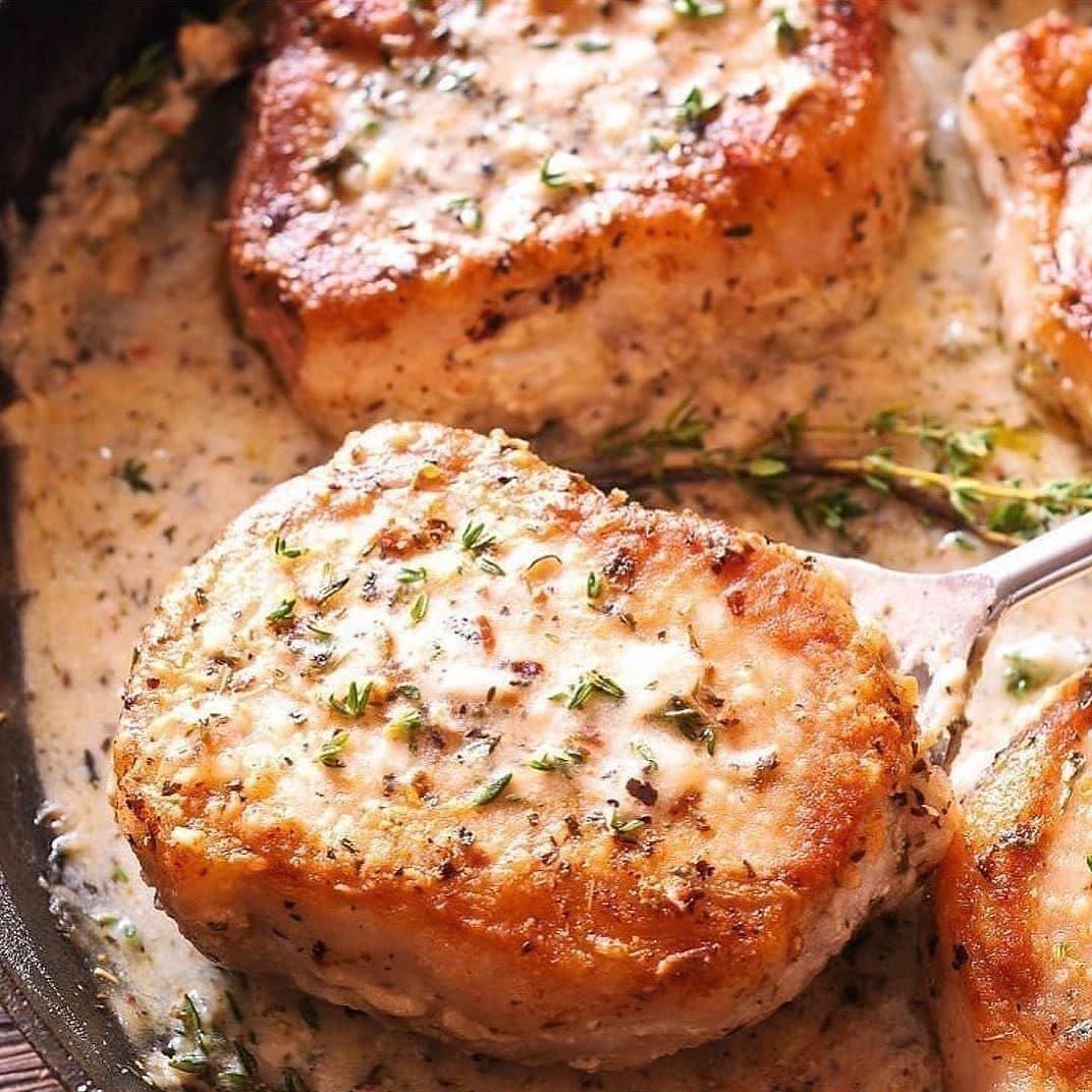 Куриные котлеты с сыром.