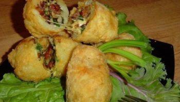 Хрустящий фаршированный картофель с ветчиной и сыром